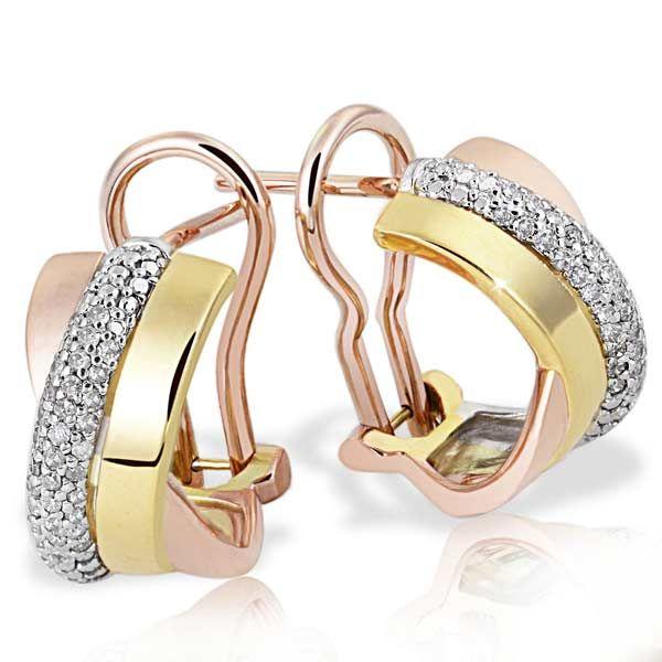 Artikel klicken und genauer betrachten! - Diese schönen Gold Ohrhänger wiegen ca. 50 Gramm. Drei Goldfarben sind in diesem Schmuckstück perfekt verarbeitet. Sie verkörpern die Vergangenheit die Gegenwart und die Zukunft. In der Weißgoldschiene sind insgesamt je 80 weiße Diamanten im Pavee gefasst. Die Farbe der Steine ist Weiß (H Wesselton) das Gesamtkaratgewicht beträgt 031 Karat. Das Schmuckstück ist von erstklassiger Qualität wie man es sonst nur im gehobenen Fachhandel findet. | im Online Shop kaufen